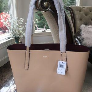 7929c73b37a9 Coach Bags - Coach Avenue Tote Bag.